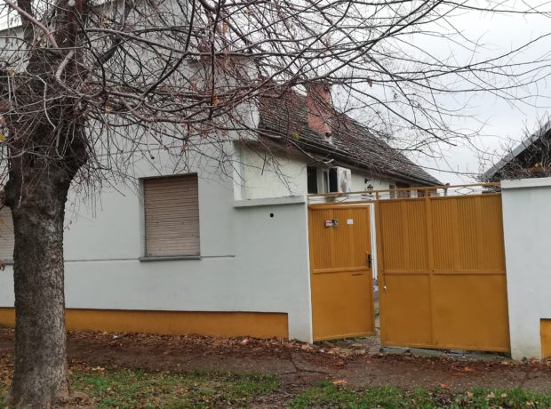 Kuća- Sremska Mitrovica-BULEVAR KONSTANTINA VELIKOG