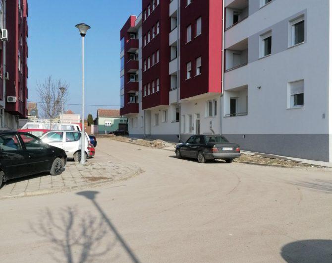 Dvoiposoban stan – Sportski Centar